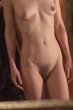 Полностью голая Оди Ингленд в фильме «Дельта Венеры», 1995