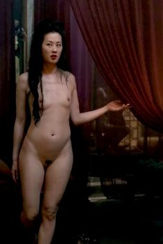 Голая Оливия Ченг в сериале «Марко Поло», 2014