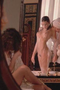 Изысканная Оливия д'Або оголилась в фильме «Болеро», 1984