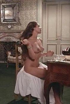 Голая Орнелла Мути в фильме «Девушка из Триеста», 1982