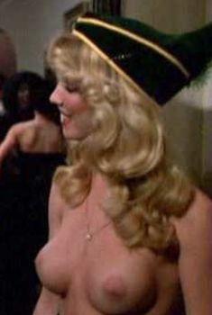 Голая Пегги Трентини в фильме «Молодость, больница, любовь», 1982