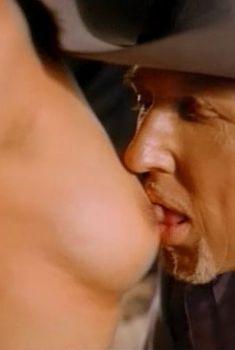 Голая Пиа Рейс в фильме «Непристойное поведение 3», 1995