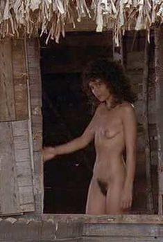 Голая Роуэна Кинг в фильме «Широкое Саргассово море», 1993