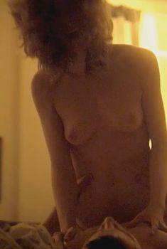 Голая Руни Мара в фильме «Побочный эффект», 2013