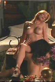 Голая Саманта Филлипс в сериале «Сказки на ночь», 2000