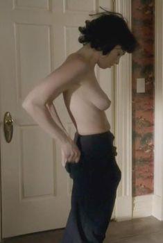Голая Сара Силверман в сериале «Мастера секса», 2013