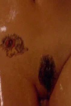 Голая Саша Перальто в фильме «С ветерком в Вегас», 2000