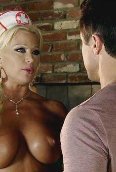 Синди Лукас в порнофильме Hypnotika, 2013