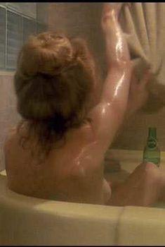 Голая Сисси Спейсек в фильме «Пропавший без вести», 1981