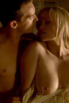 Голая Слейн Келли в сериале «Тюдоры», 2007