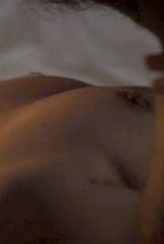 Голая Софи Гробёль в фильме «Вторая жизнь», 2013