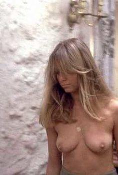 Голая Сьюзен Джордж в фильме «Соломенные псы», 1971