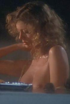 Голая Сьюзен Сарандон в фильме «Атлантик-Сити», 1980
