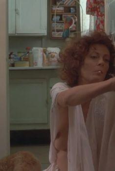 Голая Сьюзен Сарандон в фильме «Дархэмские быки», 1988