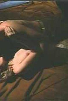 Голая Сьюзен Сарандон в фильме «Другая сторона полуночи», 1977