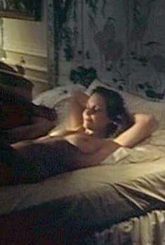 Голая Сьюзен Страсберг в фильме «Хвала пожилых женщин», 1978