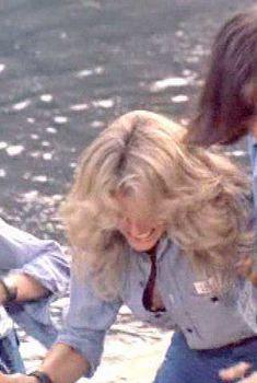 Голая Фарра Фосетт в сериале «Ангелы Чарли», 1976