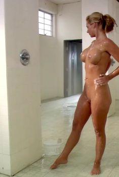 Голая Феникс Мари в сериале «Тайны и секреты личной жизни студентов», 2007