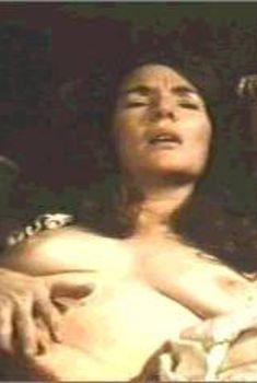 Голая Финола Флэнаган в фильме «Джеймс Джойс. Женщины», 1985