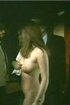 Голая Франсуаза Бланк в фильме «Сто тысяч долларов на солнце», 1964