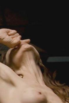 Голая Фрэнсис О'Коннор в фильме «Машина Джейн Мэнсфилд», 2012