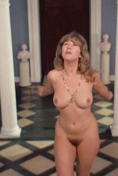 Голая Хелен Миррен в фильме «Дикий мессия», 1972