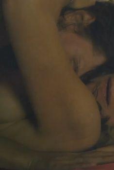 Голая Хелен Миррен в фильме «Ранчо любви», 2010