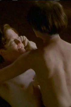 Голая Хелен Миррен в фильме «Тайная страсть Айн Рэнд», 1999