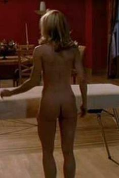 holly-hunter-hot-sexy-and-naked-movie-scenes