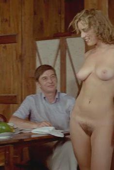Голая Шарлотт Александра в фильме «Прощай, Эммануэль», 1977
