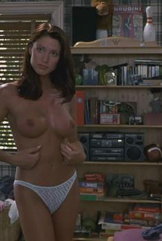 Голая Шеннон Элизабет в фильме «Американский пирог», 1999
