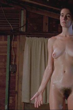 Голая Шон Янг в фильме «Любовные преступления», 1991