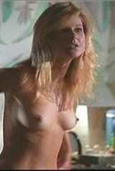 Голая Эми Линдсей в фильме «Запрещенные грехи», 1999