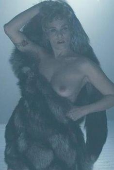 Голая Эмманюэль Сенье в фильме «Венера в мехах», 2013