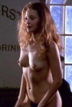 Голая Эшли Джадд в фильме «Норма Джин и Мэрилин», 1996