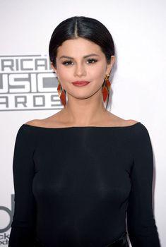 Эро засвет Селены Гомес на премии American Music, 23.11.2014