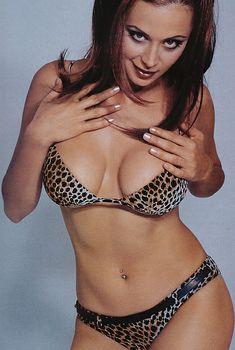 Сексуальная Кэтрин Белл в белье снялась в журнале FHM, Май 2000