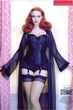 Эротичная Кристина Хендрикс в соблазнительных нарядах для журнала GQ, Сентябрь 2010
