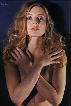 Эротическая Грю Баю в фотосессии для журнала M!, Июнь 2003