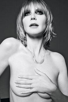 Хайди Клум  позирует голой для журнала GQ, Июль 2010