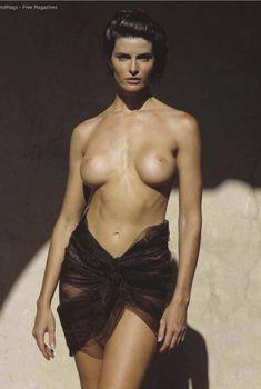 Джоан Северанс разделась  в журнале Playboy, Май 2010