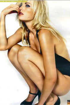 Сексапильная Малин Акерман  в журнале Max, Декабрь 2009