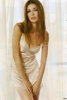 Сексуальная Наташа Яровенко на фото в журнале FHM, Апрель 2010