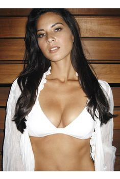 Оливия Манн в белье  для журнала MyMag, Декабрь 2009