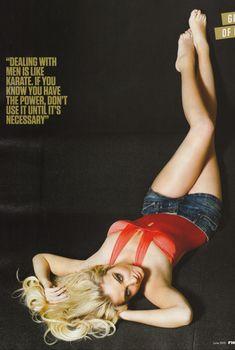 Красотка Тулиса Контоставлос в сексуальном наряде в журнале FHM, Июнь 2010
