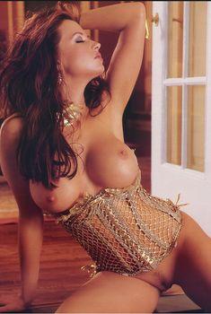 Голые прелести Кэндис Мишель в журнале Playboy's Lingerie, Январь 2003