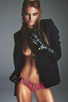 Констанс Яблонски обнажила грудь для журнала Numero, Ноябрь 2014