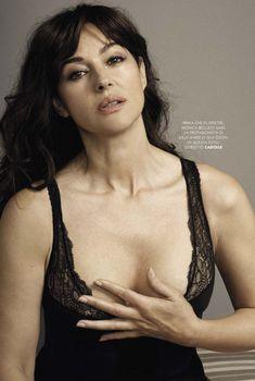 Соблазнительный бюст Моники Беллуччи  в журнале GQ, Август 2015