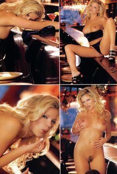 Аппетитная Виктория Здрок разделась для журнала Playboy's Lingerie, Январь 2000