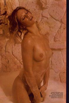 Абсолютно голая Мэрилин Чэмберс в журнале Playboy, Апрель 1974